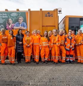 Internationaler Weltfrauentag: EAD-Kollegin beim ersten Netzwerktreffen der Müllwerkerinnen in Berlin mit Ministerin Dr. Franziska Giffey