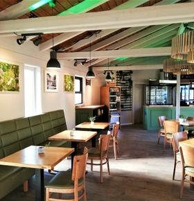 Neuer Look für das Café Eulenpick im Zoo Vivarium und verlängerte Öffnungszeiten für den Biergarten in den Sommermonaten