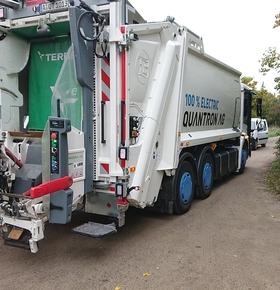 Prototyp eines vollelektrischen Müllfahrzeugs erfolgreich getestet