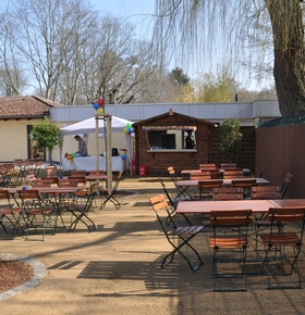 Biergarten am Zoo Vivarium wieder geöffnet