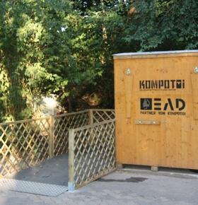 Neue umweltfreundliche Komposttoilette im Zoo Vivarium